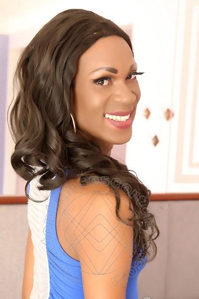 Naomi Savage  RIO DE JANEIRO 0055219800801